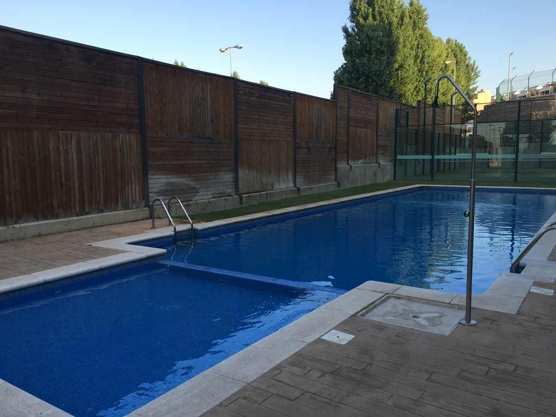 Limpieza y mantenimiento de piscinas hydroflora for Mantenimiento de piscinas